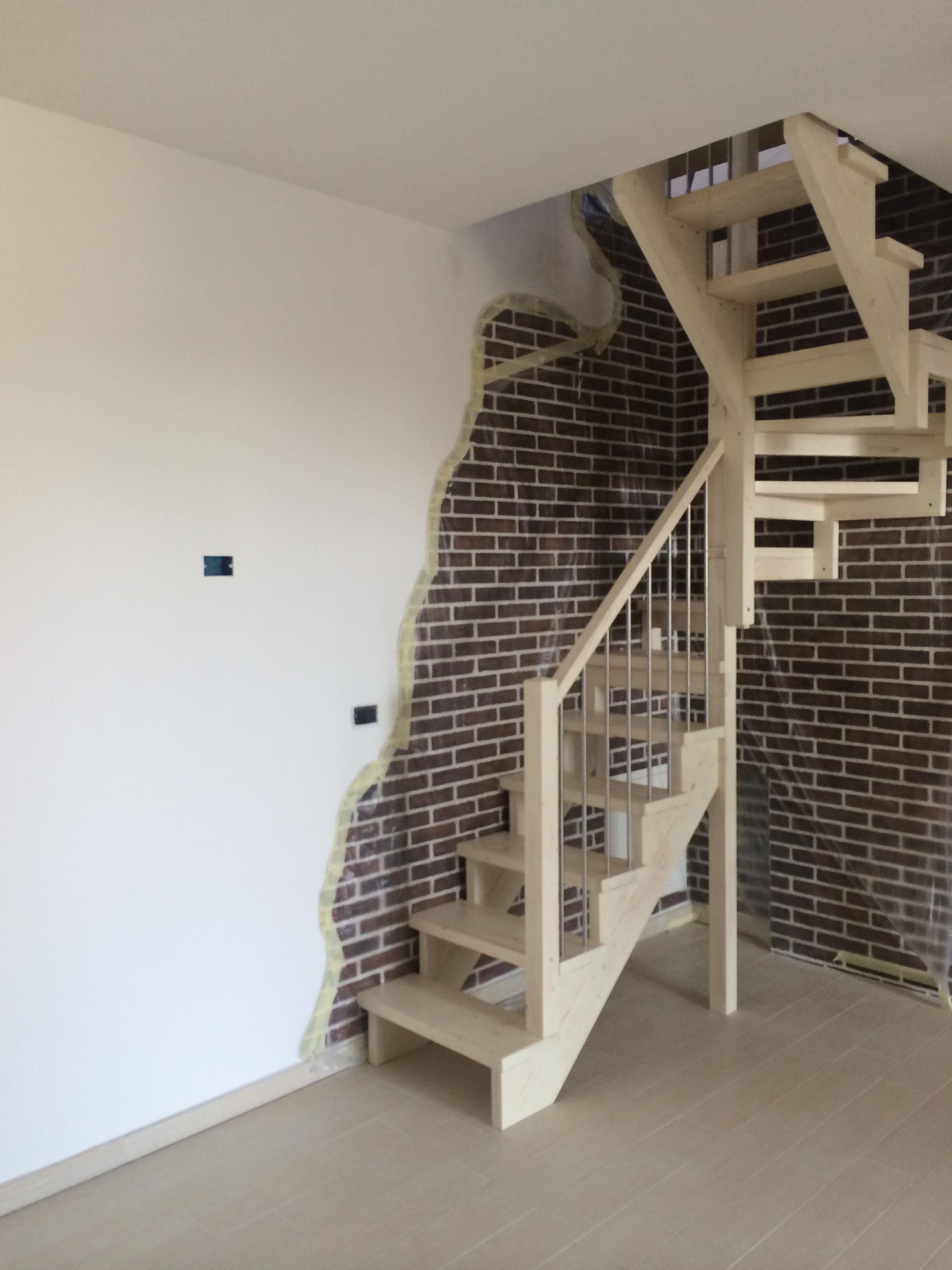 Scale interne in legno e metallo scale a giorno in - Scale in ferro prezzi ...