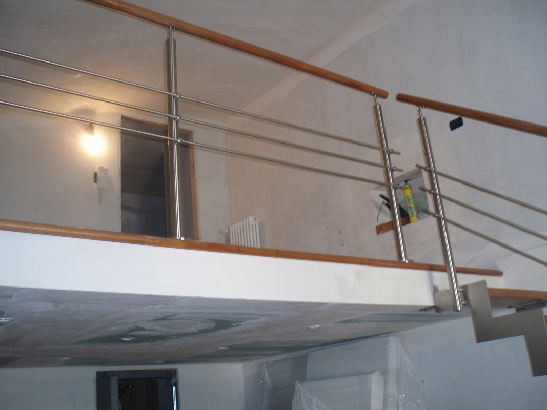 Parapetti Per Scale Interne parapetti e balaustre - valmax legno - scale interne a