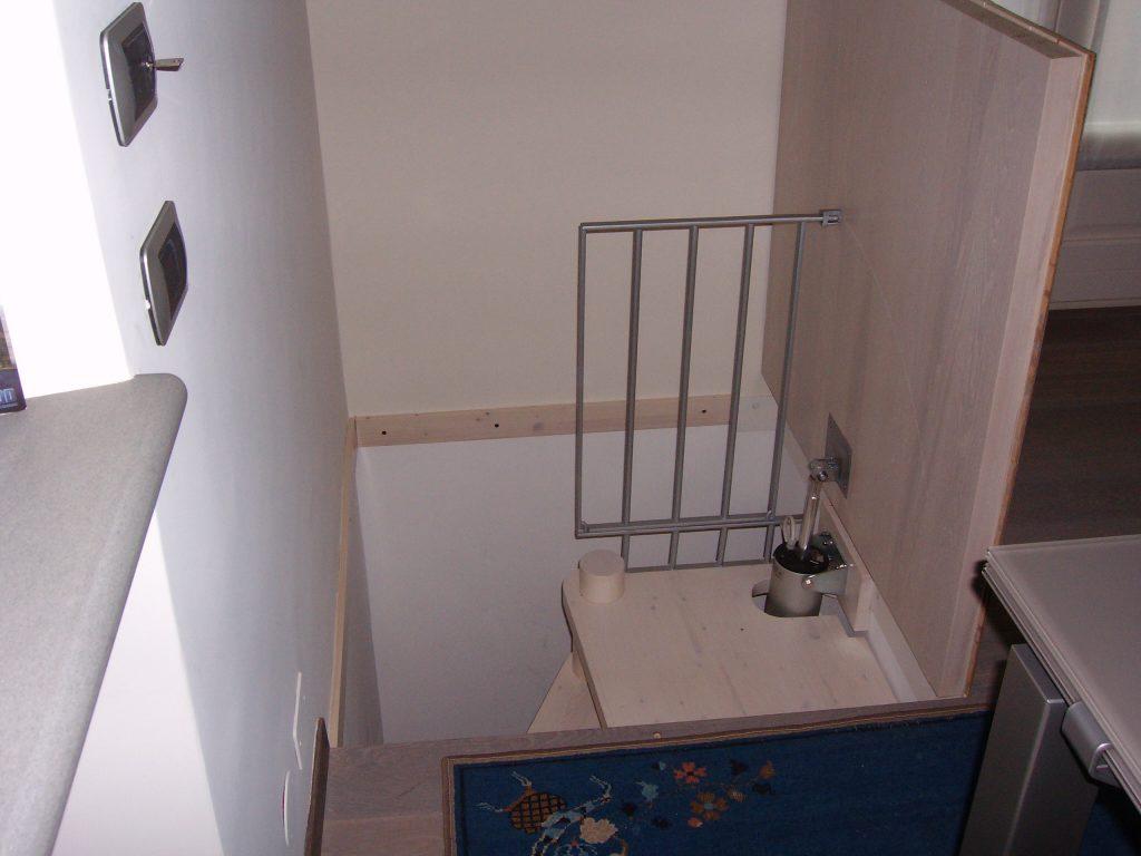 Tende Per Chiudere Ripostiglio chiusura scale per risparmio energetico, arredamento